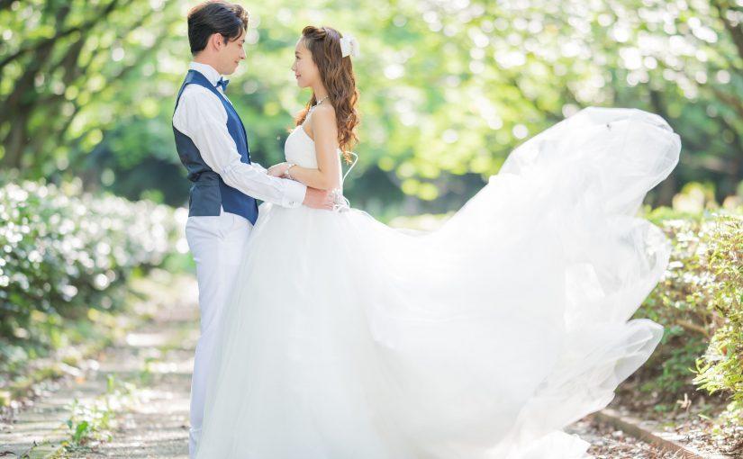 結婚式のドレスはどれにする?年代別オススメ!